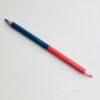 crayon bleu et rouge