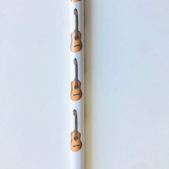 crayon motif guitare 2